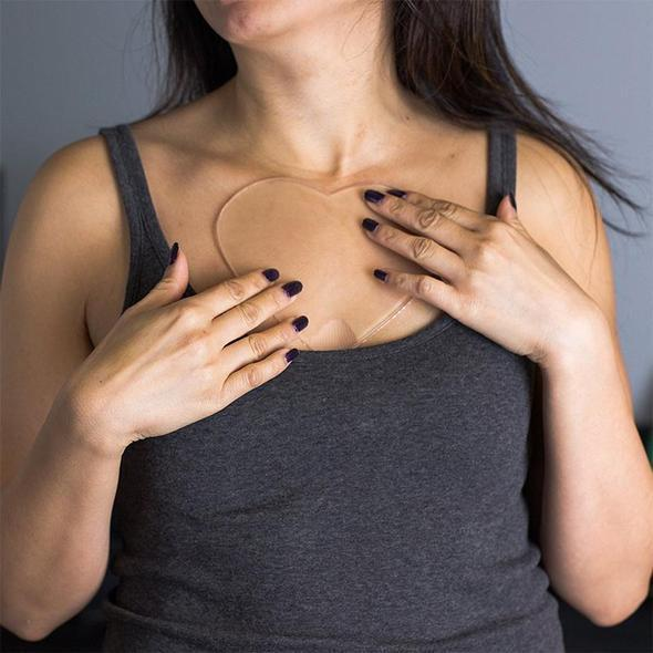 anti-wrinkle chest pad